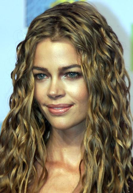 Denise Richards at the 1999 MTV Europe Awards.